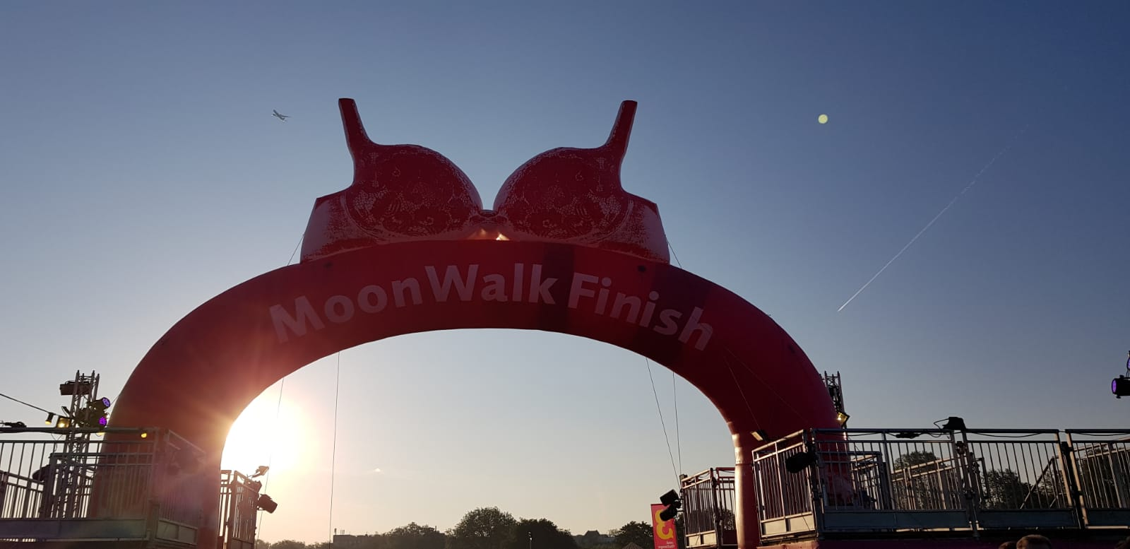 moonwalk london finish